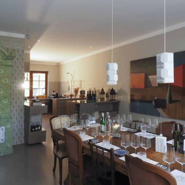 weingut in poysdorf nieder sterreich gestalte n. Black Bedroom Furniture Sets. Home Design Ideas