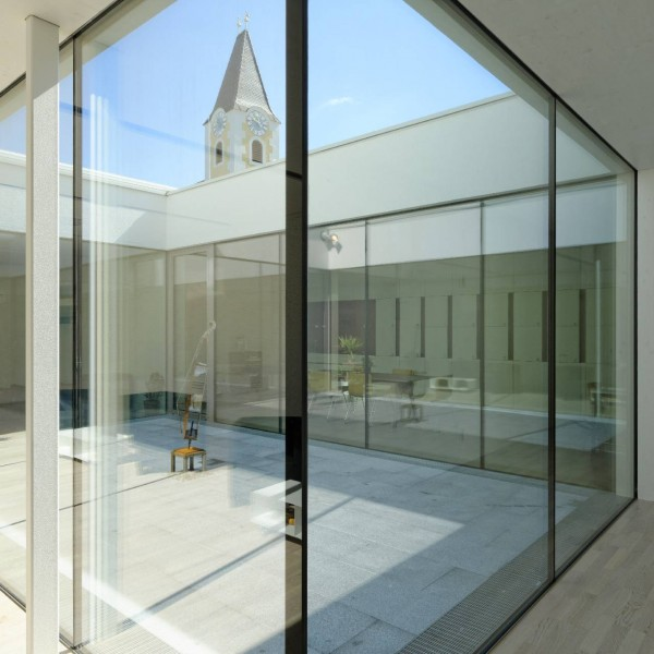 ©Walter Ebenhofer / Blick zum Innenhof