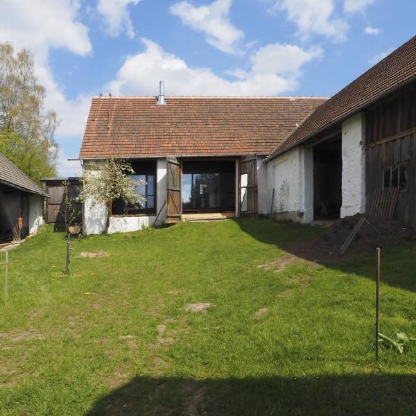 ©Heinz Schmölzer / Außenansicht vom Innenhof aus