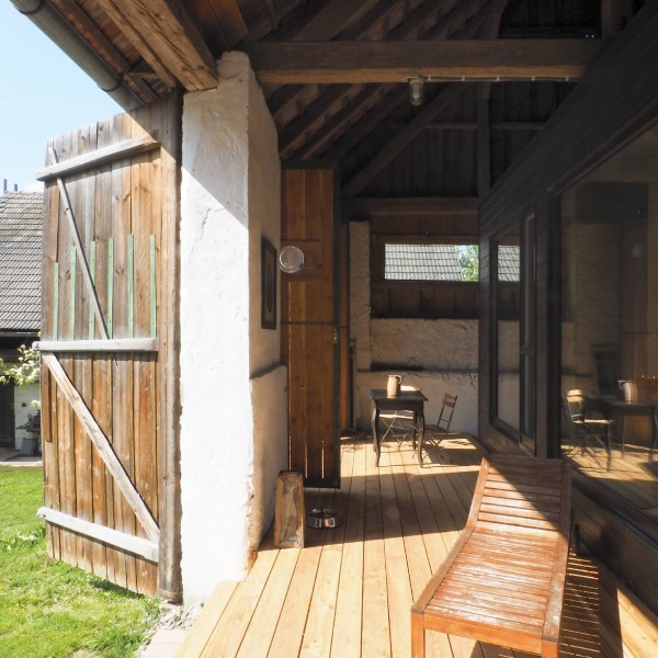 ©Heinz Schmölzer / Zwischenbereich Scheune-Haus mit Terrasse