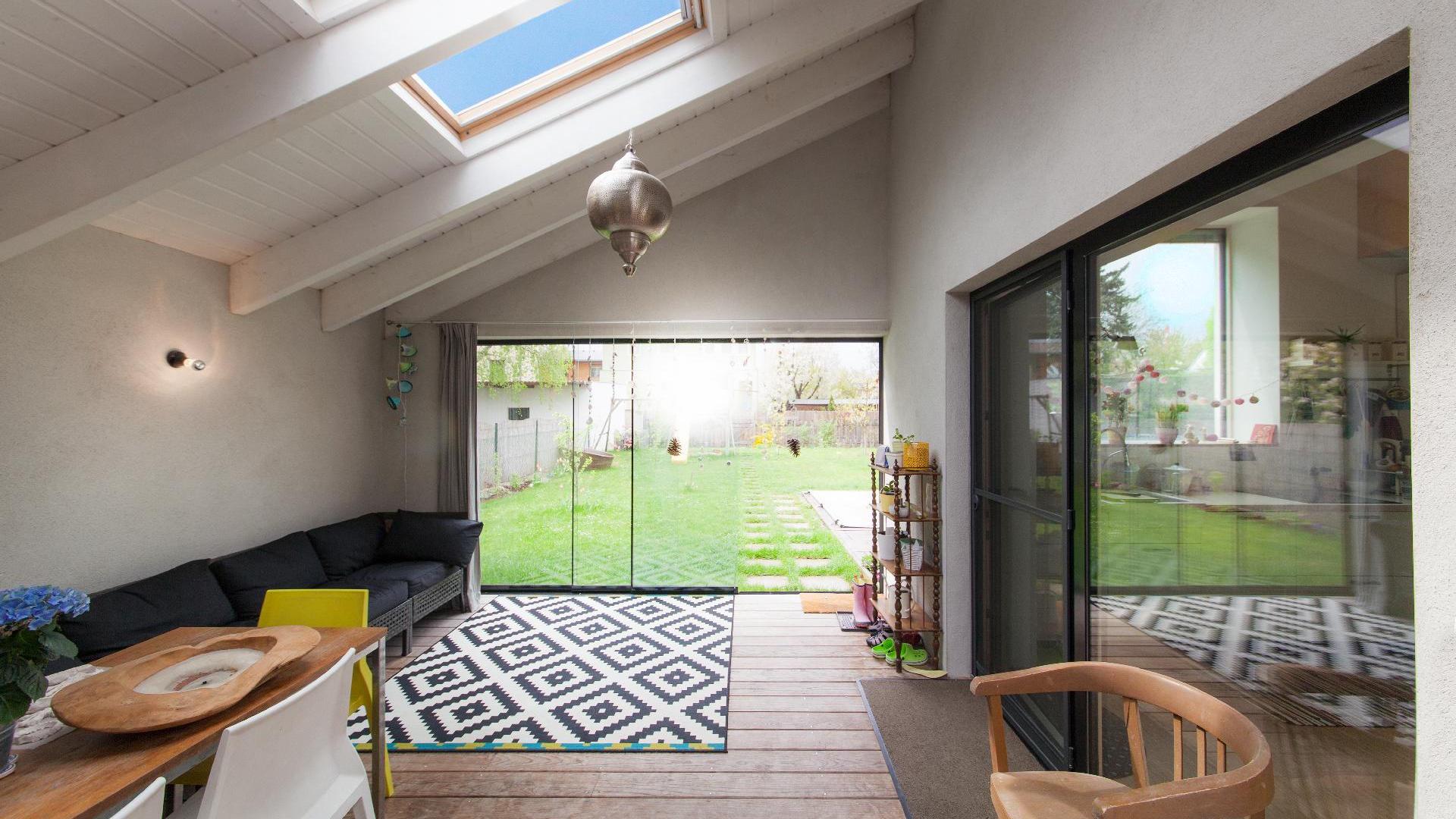 ©Romana Fürnkranz / Laube als Übergangsbereich zwischen Innenhof und Garten