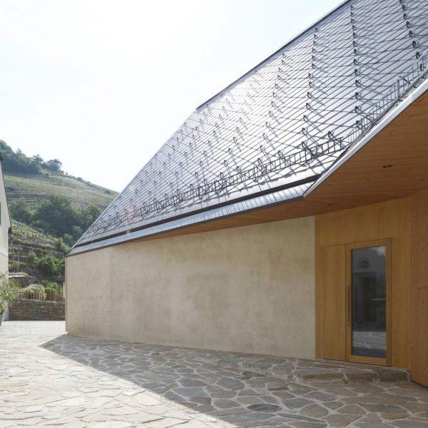 ©Mag. arch. Elmar Ludescher / Außenansicht - Putzfassade aus mineralischen Sumpfkalk