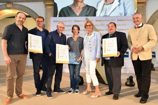 Gruppenfoto Gewinner Bauernhaus H1