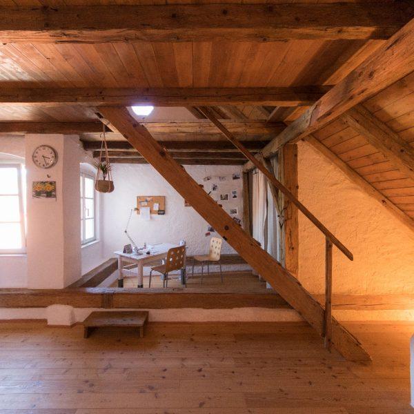 ©Romana Fürnkranz / Innenansicht mit Dachstuhl