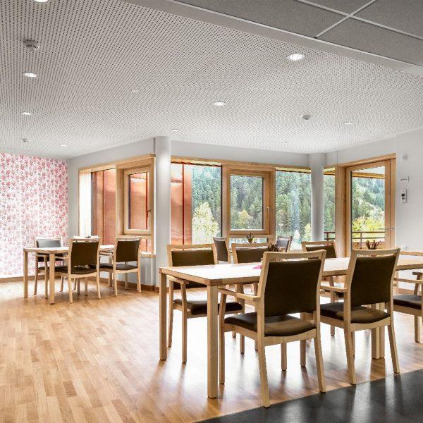 ©Thomas Apolt / Innenansicht Koch- und Essbereich einer Wohngruppe