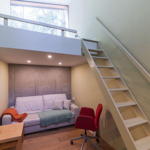 ©Romana Fürnkranz / Innenansicht Gästezimmer mit Schlafgalerie