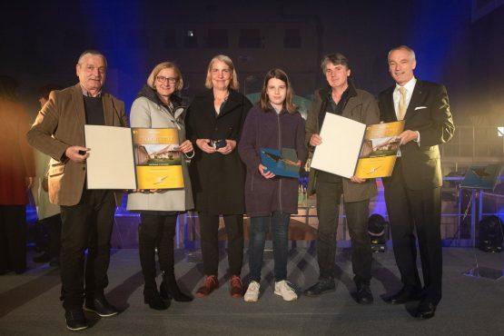 GewinnerInnen des Projektes Lehmhaus in Parisdorf